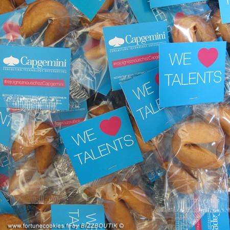 Fortune cookies avec flyer-cards personnalisés